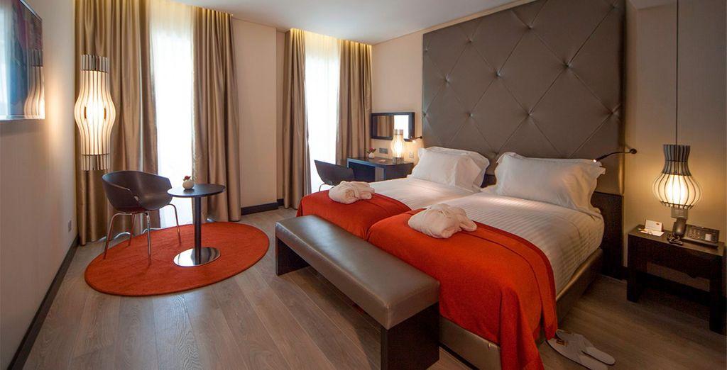 Descansarás en una amplia y elegante habitación Superior
