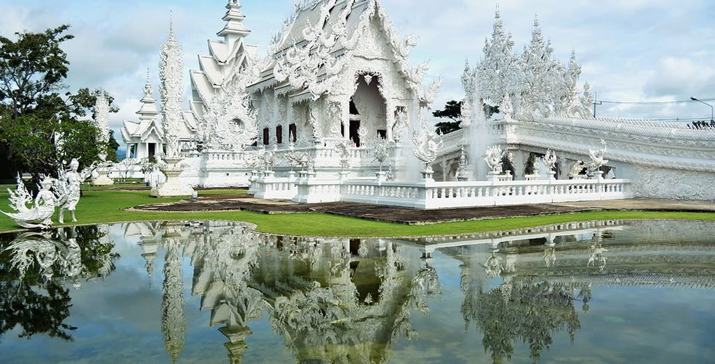 No puedes perderte el Templo Blanco de Chiang Rai