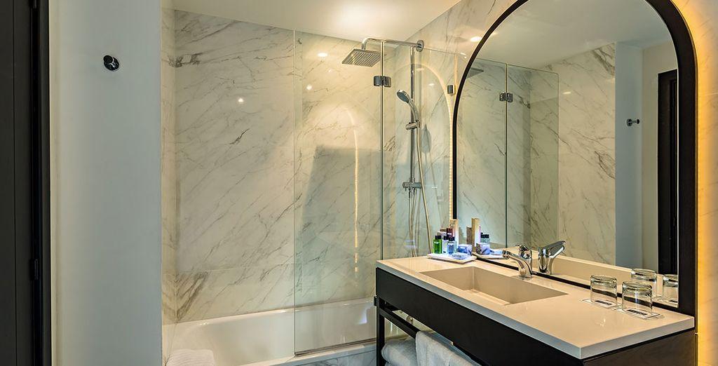 Y baño privado totalmente equipado