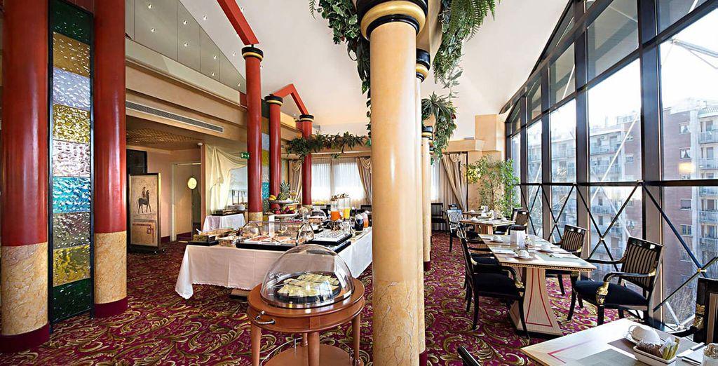 Desde el estupendo restaurante que se encuentra en la quinta planta del hotel