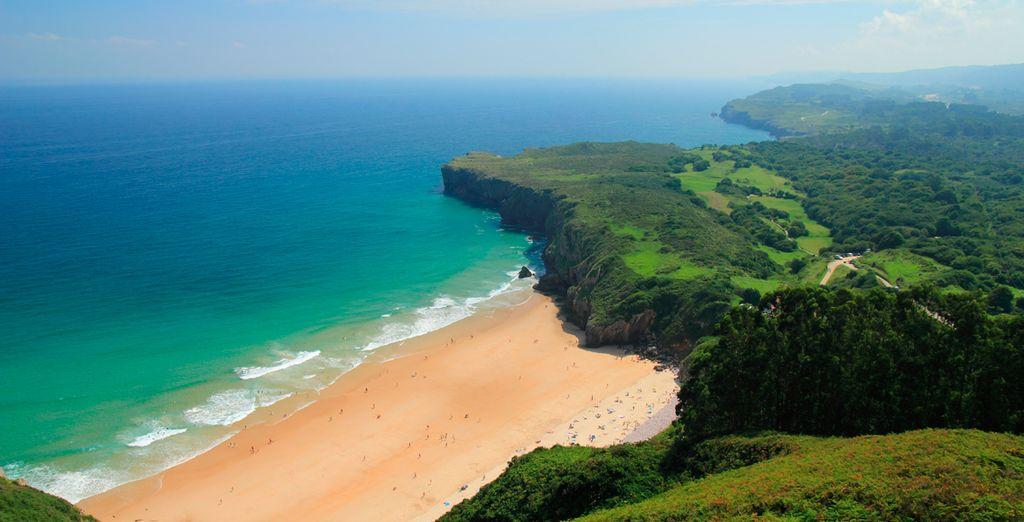 Maravíllate con sus impresionantes playas