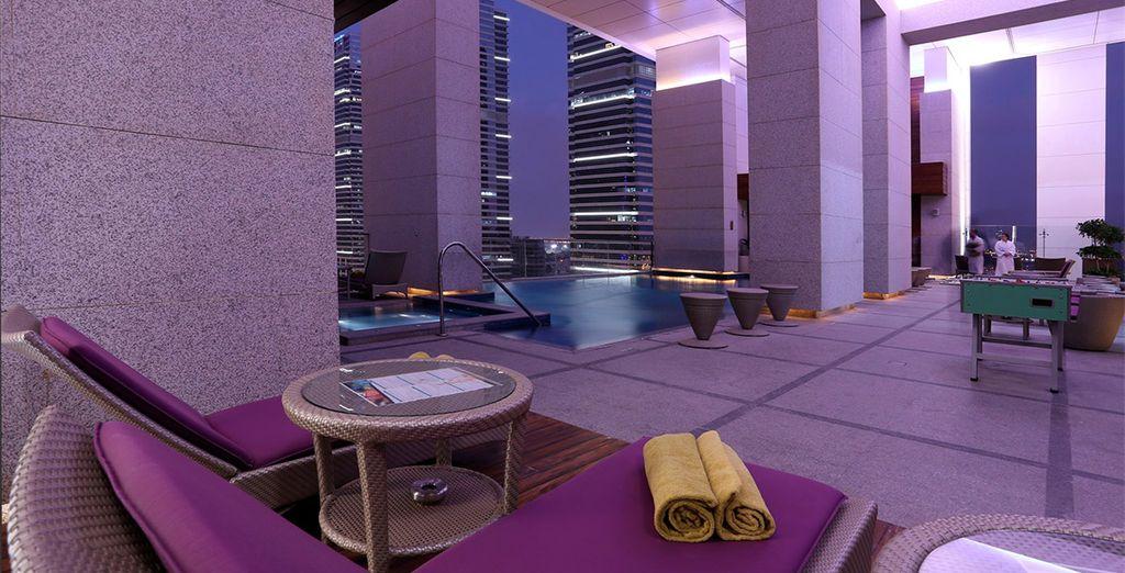 Un mundo excepcional en Bonnington Jumeirah Lakes Towers 5*