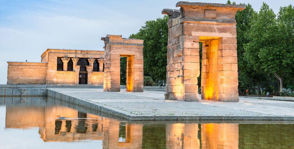 Admira el Templo de Debod