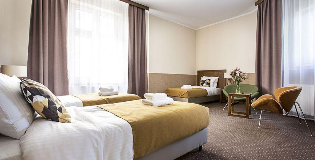 Puedes viajar con tu familia o amigos y compartir una habitación Triple