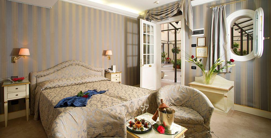 Descansa en una habitación de ensueño en el hotel Carlton on the Grand Canal 4*