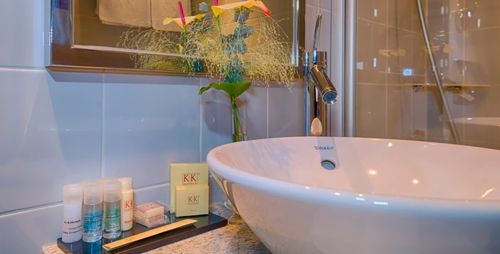 Con baño privado equipado hasta el más mínimo detalle
