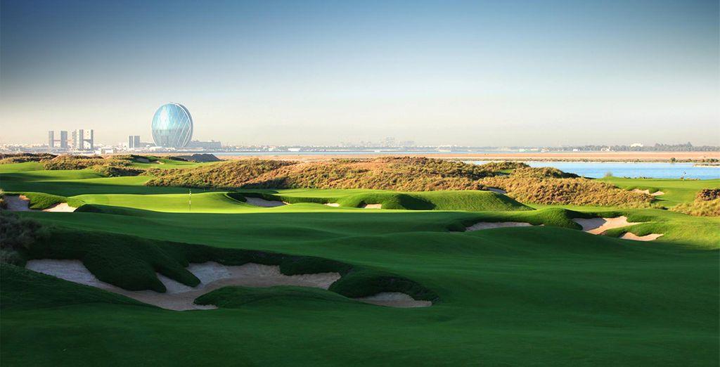 Echa un vistazo a los campos de golf de la zona