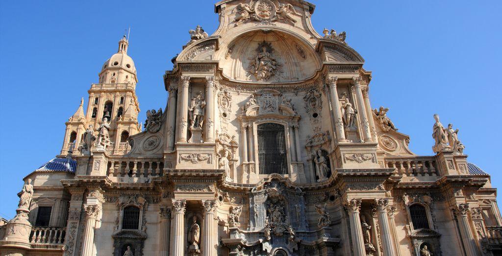 Visita la ciudad de Murcia y su Catedral de Santa María