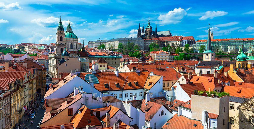 Disfruta de la magia que envuelve toda Praga... ¿Nos vamos?