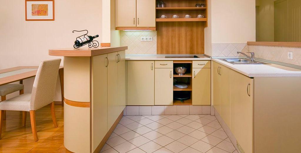 Con una amplia cocina totalmente equipada