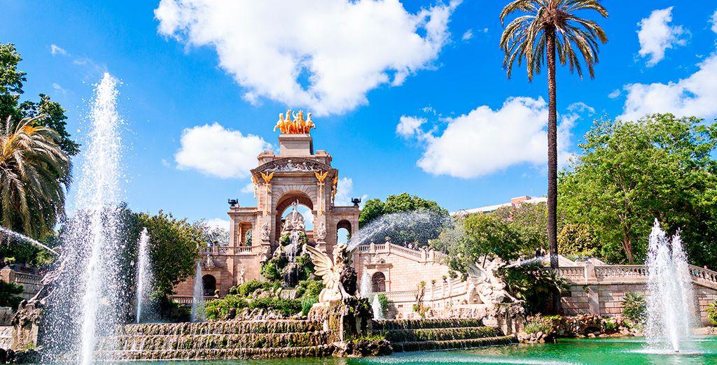O pasea por el parque de la Ciutadella
