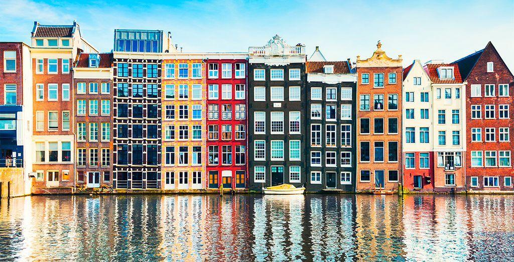 Una ciudad llena de color