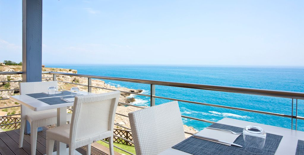 El hotel ofrece una panorámica espectacular al Mediterráneo