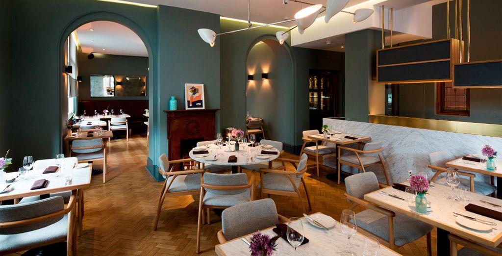 El restaurante Typing Room ofrece un ambiente tranquilo y cocina europea moderna