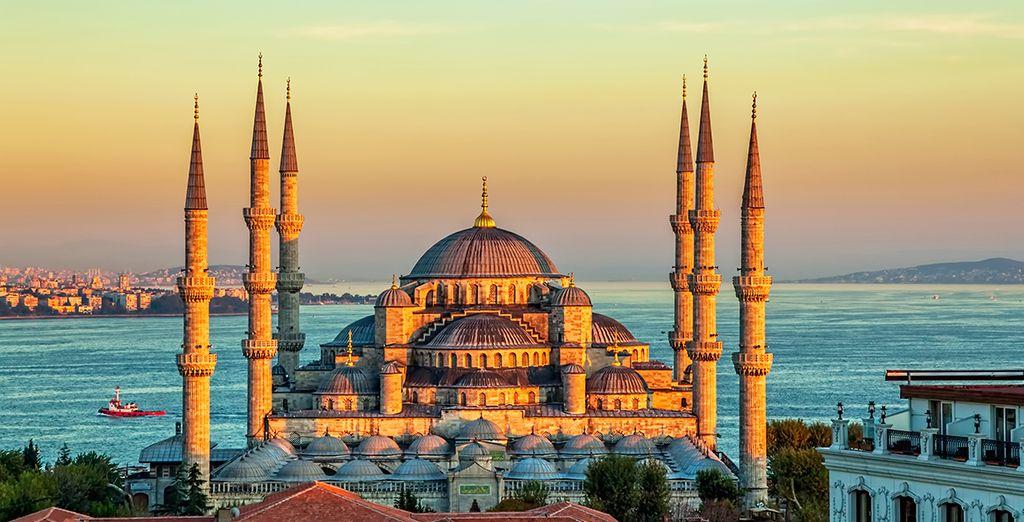 La famosa Basílica de Santa Sofía, hoy convertida en mezquita