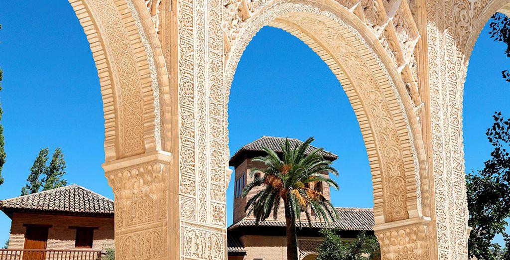 Empápese del arte y la magia de Granada...
