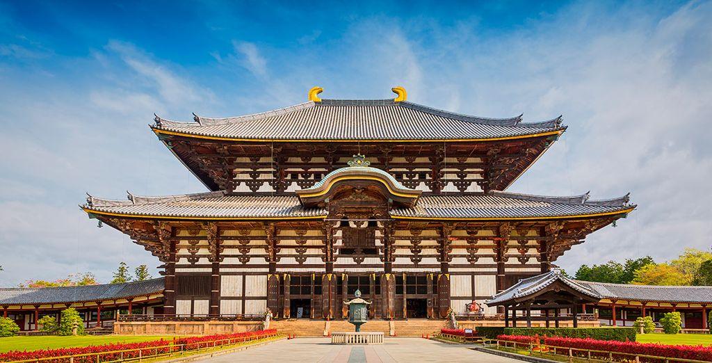 Visitarás el Templo Todaji, donde una inmensa estatua de Buda te dará la bienvenida