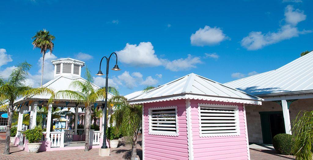 Tu resort se encuentra en Freeport, la ciudad más grande de la isla, Grand Bahamas