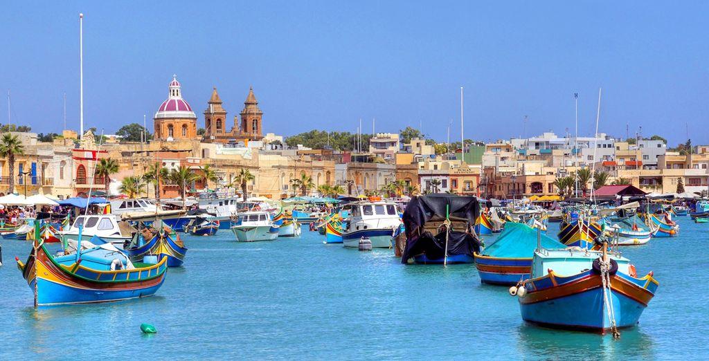 Tradicionales barcas de pescadores en Malta