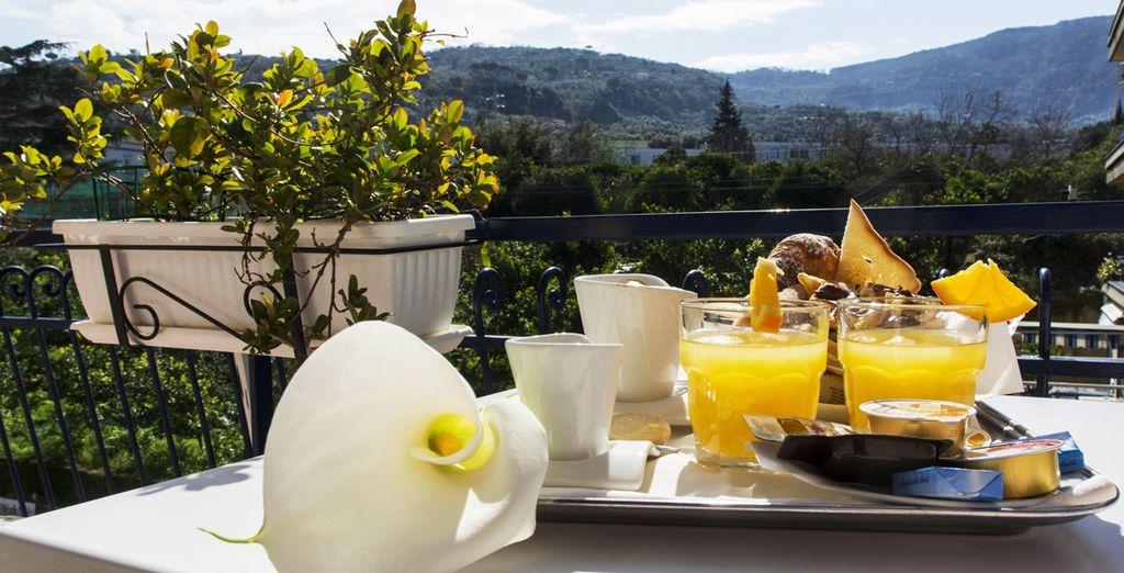 Disfruta de tu desayuno con unas espectaculares vistas
