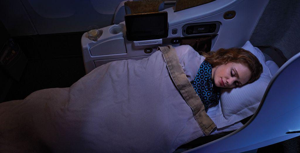 En todos los A380 y en algunos Boeing 777, podrás disfrutar de los asientos totalmente abatibles