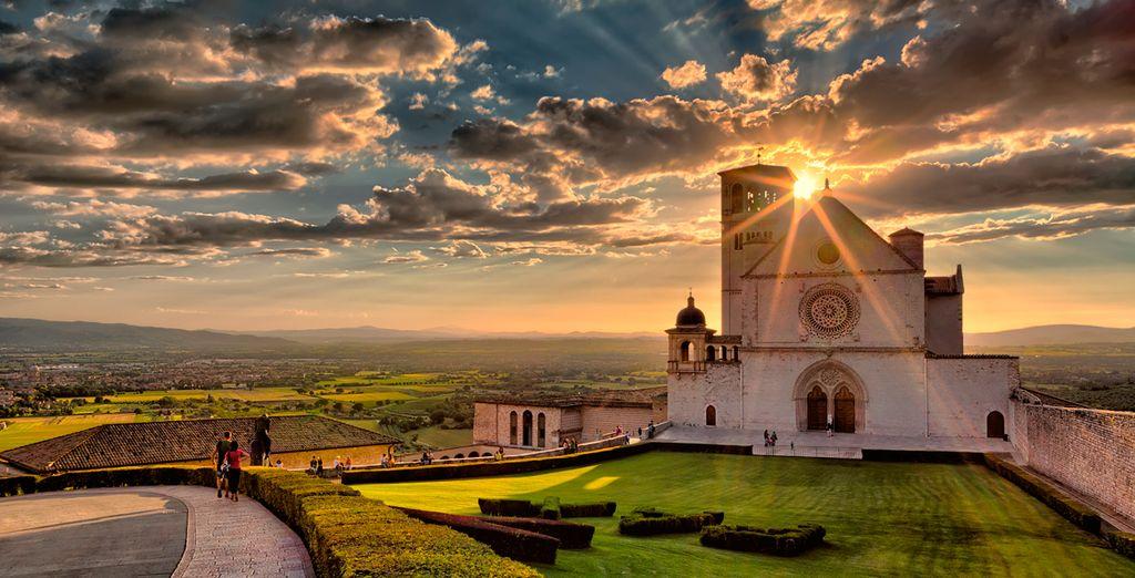 Visite la Basílica de San Francisco de Asís, patrimonio histórico mundial
