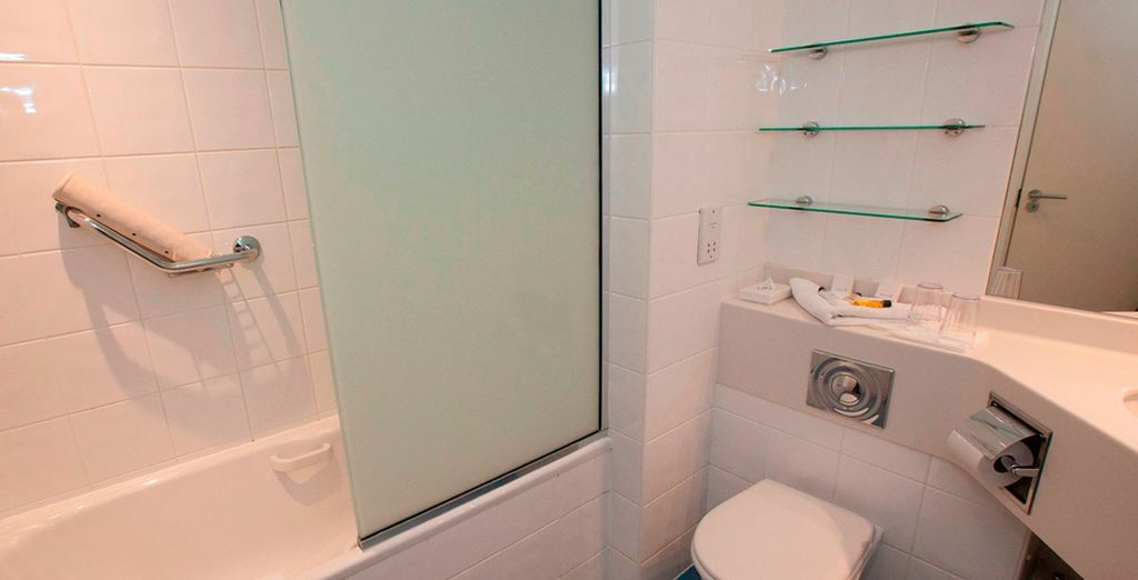 Y con baño privado
