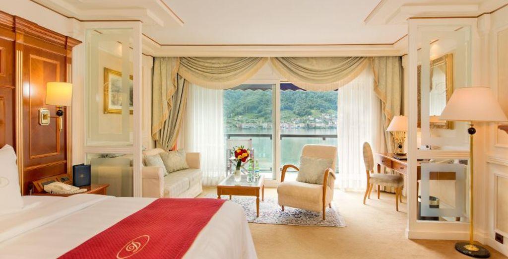 Si lo deseas, puedes contratar una habitación Deluxe con vistas al lago