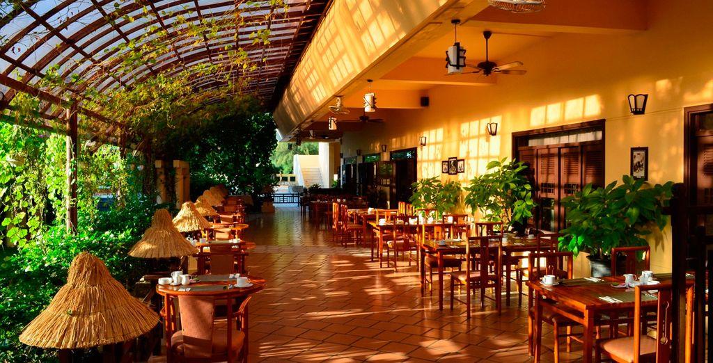 Relájese en el Restaurante Alamanda