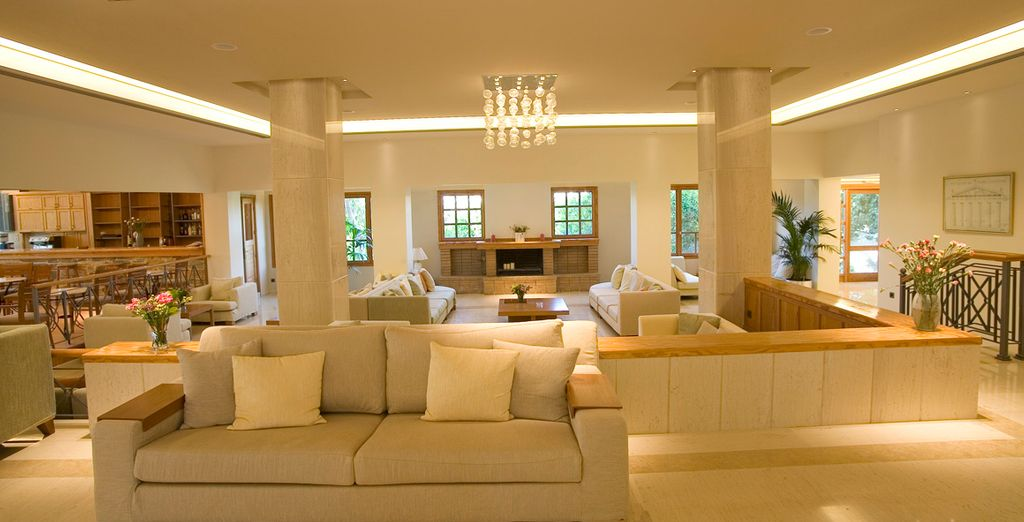 Elegantes interiores que inspiran tranquilidad