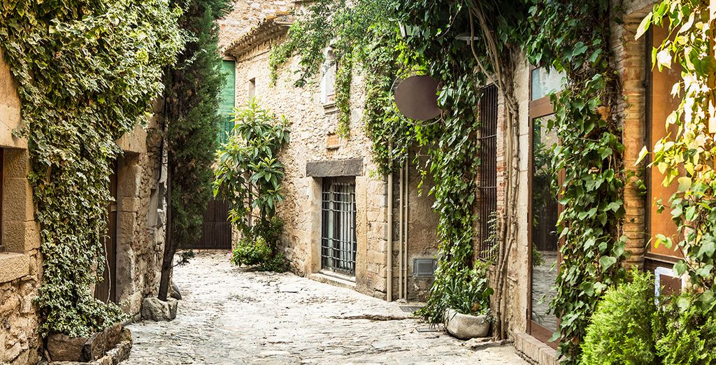 Ne manquez pas les petits villages historiques à explorer,