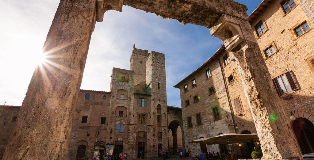 ... San Gimignano, en Toscane, est ce qu'il vous faut.