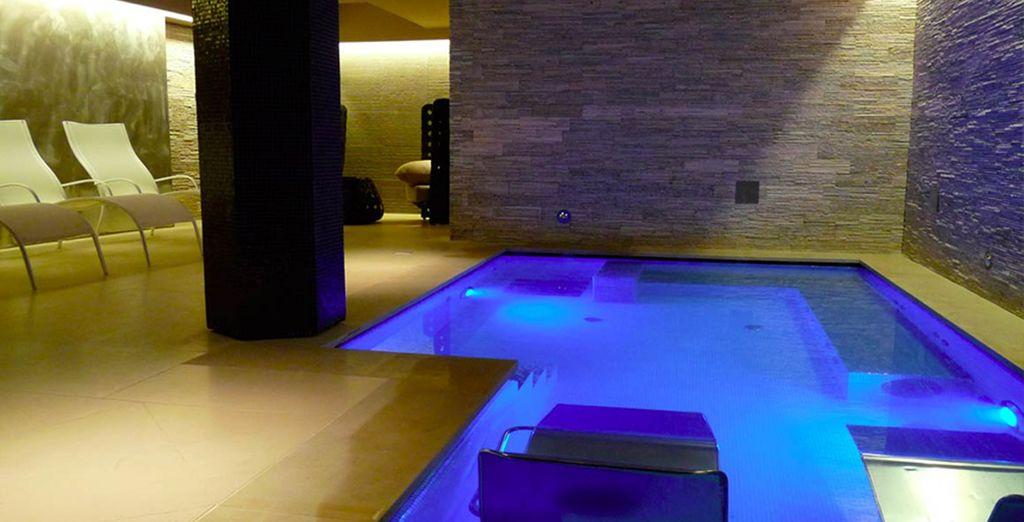 Avant de vous détendre au Spa, vous aurez le choix entre la piscine