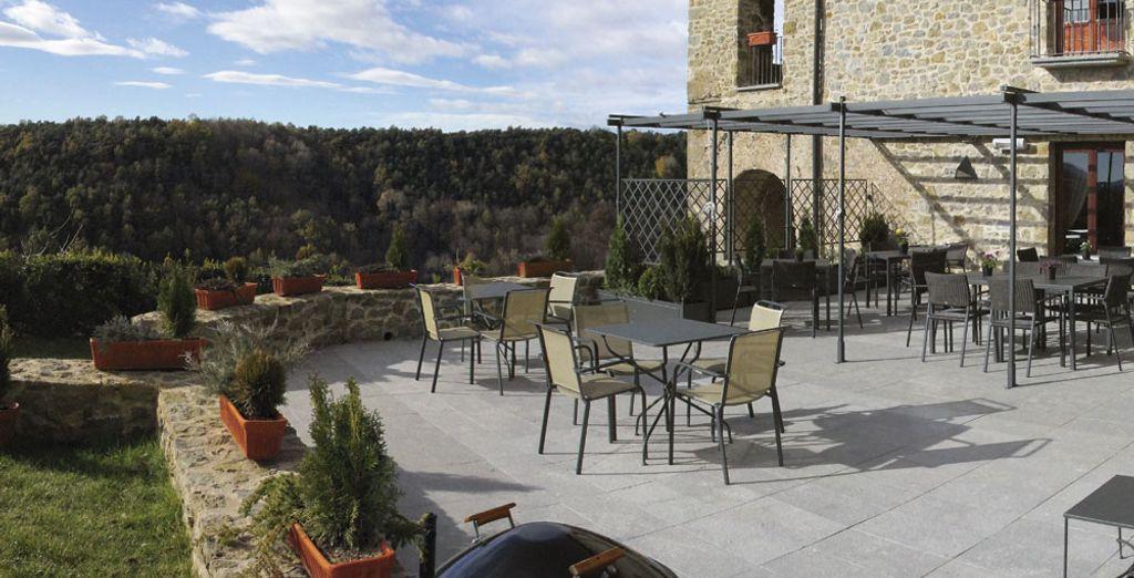 Prenez un verre sur la terrasse
