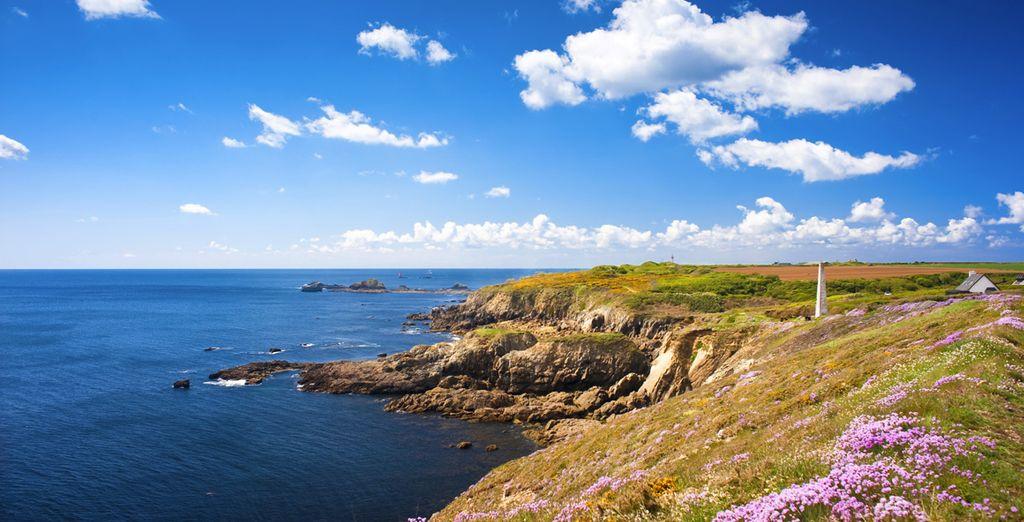 Paysages de la ville Saint Malo et ses côtes rocheuses donnant sur la manche