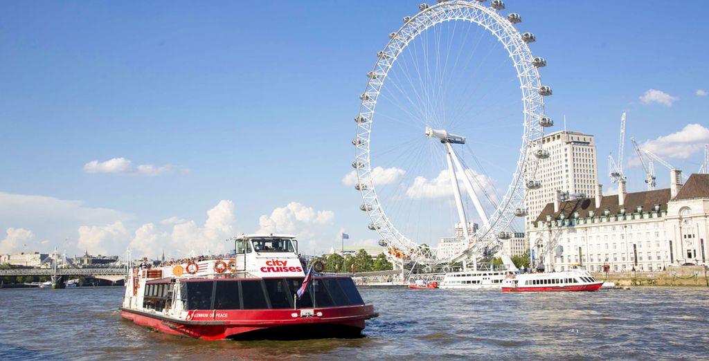 Explorez Londres autrement depuis votre bateau