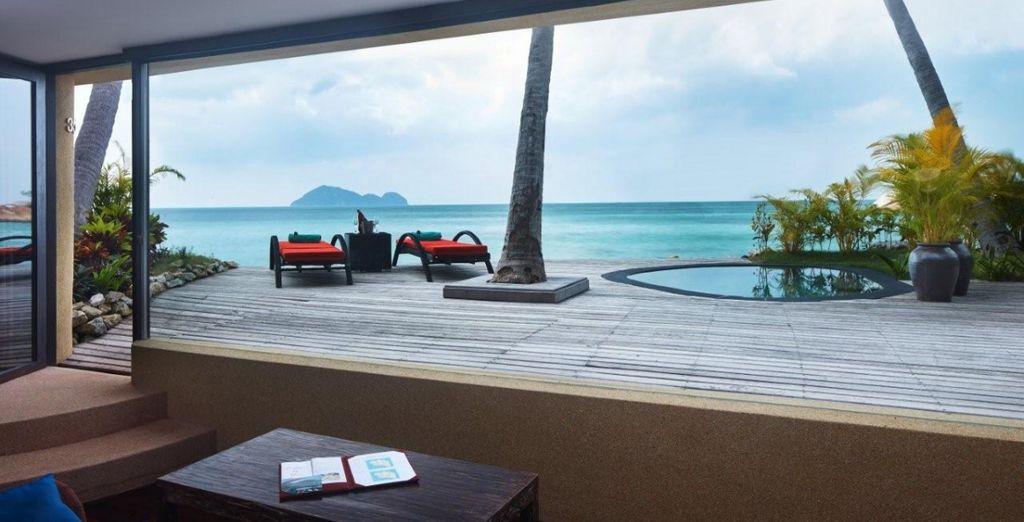 La suite Deluxe Beach Front avec piscine vous permettra de vivre un séjour sans encombre ...