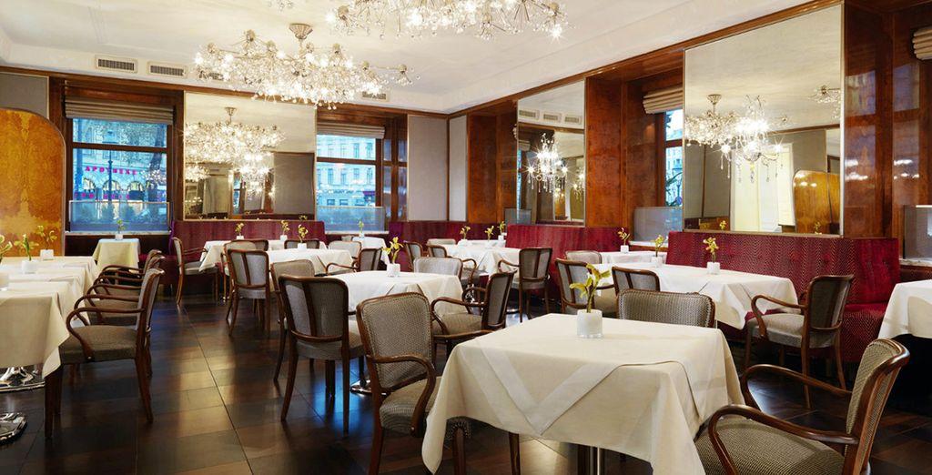 Profitez d'un diner romantique au restaurant...