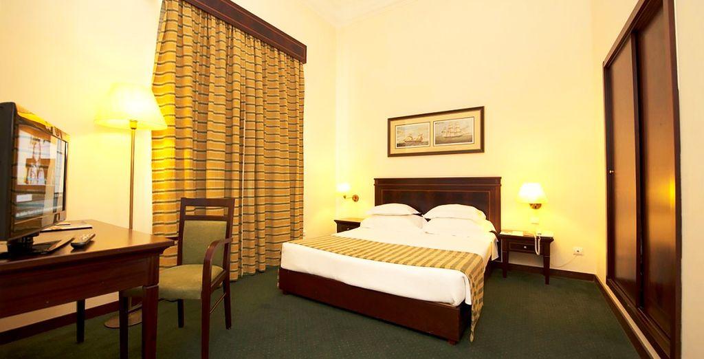 Posez vos valises dans une chambre agréable et élégante