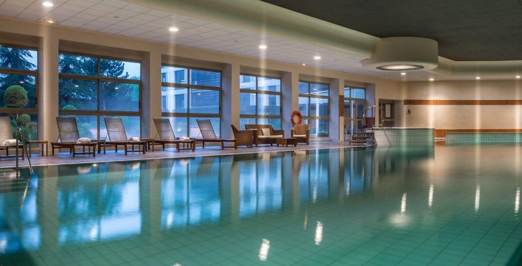 Hôtel de prestige avec piscine intérieure chauffée, au cœur de la ville de Lyon