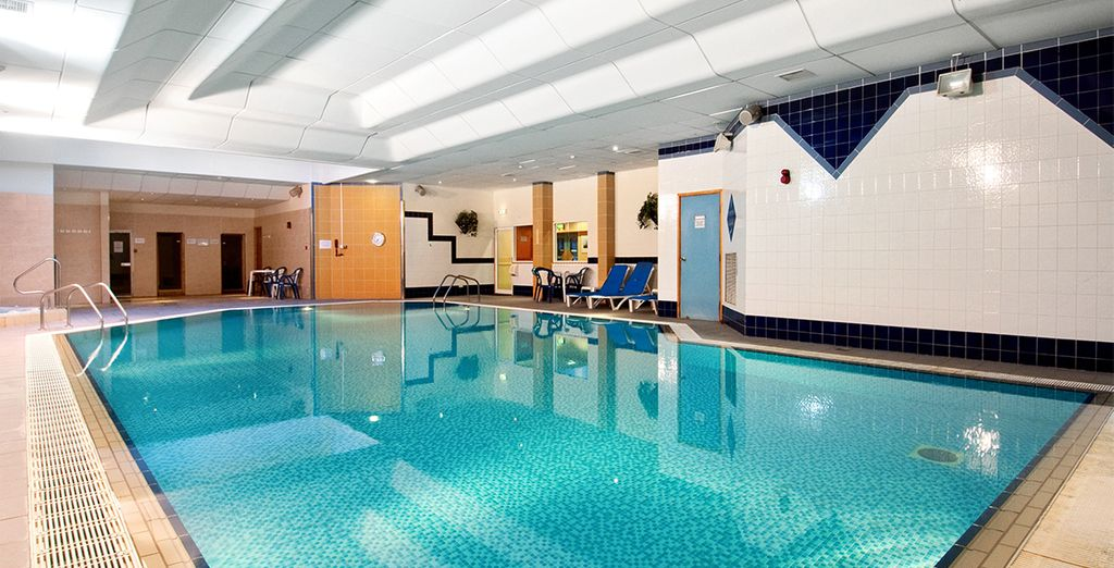 La piscine intérieure sera également là pour vous offrir des moments de relaxation
