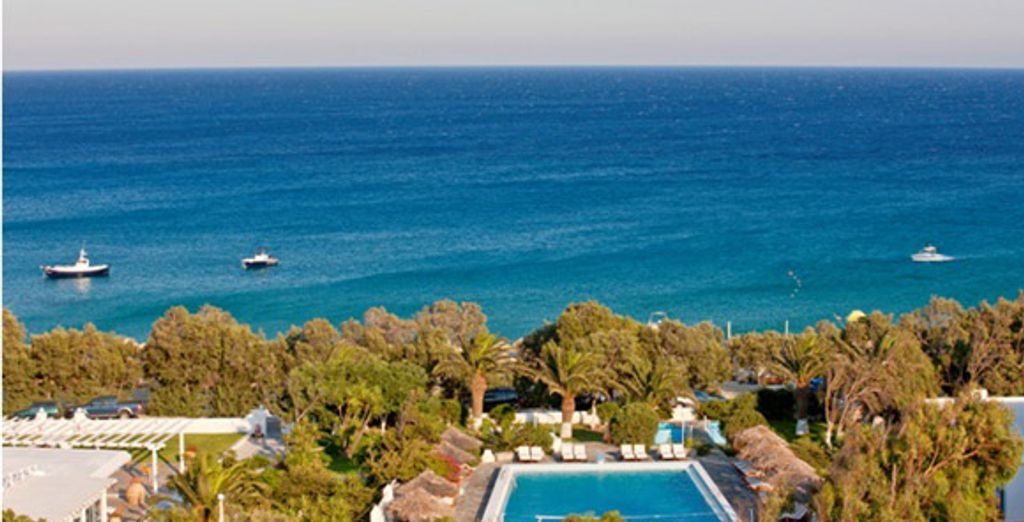 - Aphrodite Beach Hotel & Resort**** - Kalafatis Beach - Mykonos Mykonos