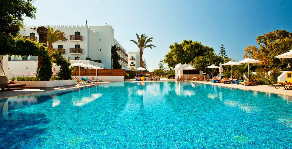 Tui sensimar oceanis beach spa resort 4 voyage priv for Piscine oceanis