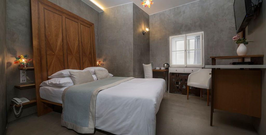 Design Hôtel Neruda 4* et chambre double tout confort à proximité de toutes activités