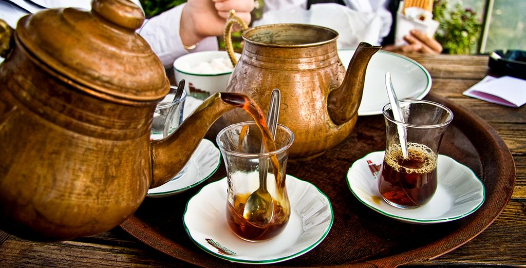 Ne manquez pas le traditonnel thé turc dans l'après-midi