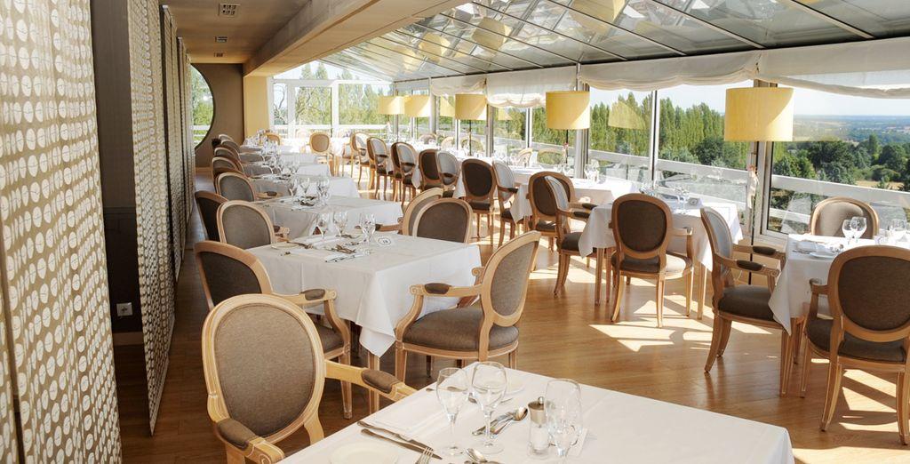 Réservez une table au restaurant gastronomique de l'hôtel