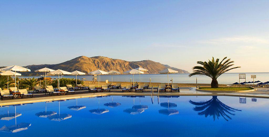 Prêt pour une escapade entre ciel et mer turquoise ? - Club Héliades Select Pilot Beach Resort 5 * Georgioupolis