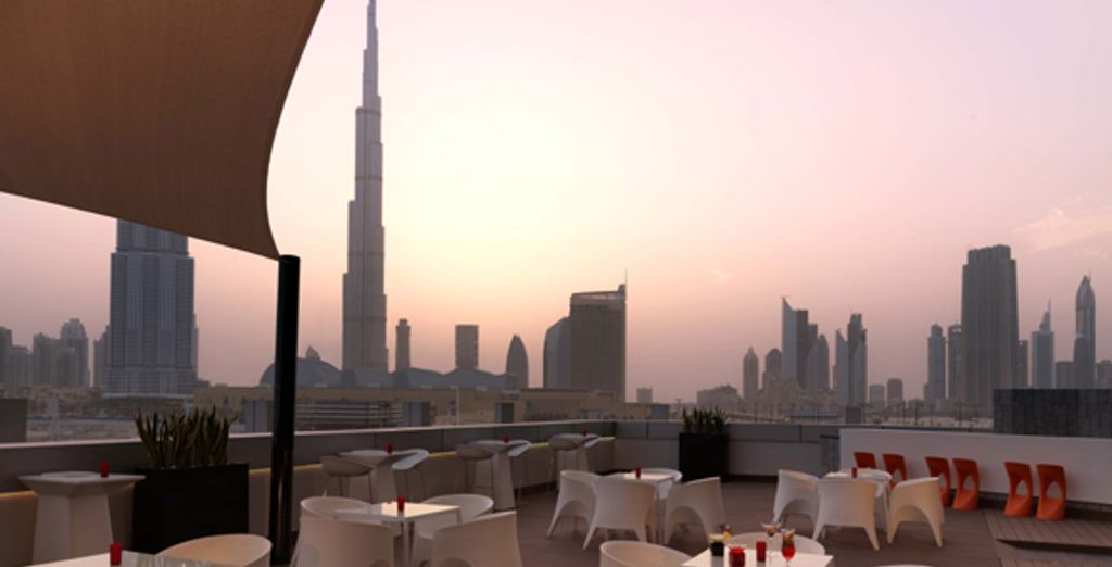 La terrasse du bar Infiniti - Radisson Blu Downtown **** - Dubaï - Emirats arabes unis Dubai