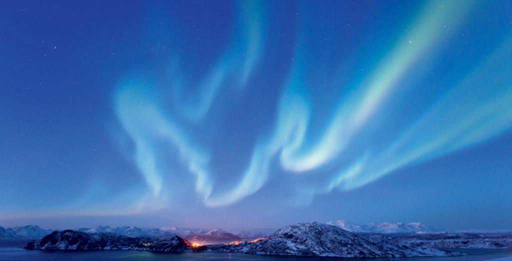 Les aurores boréales et le soleil de minuit - Croisière Bergen-Kirkenes à bord de l'Express Côtier de Norvège - 7 jours et 6 nuits  Bergen