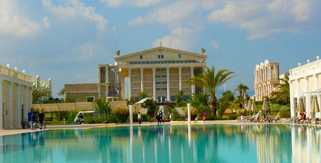 Gît un hôtel inpiré par l'Antiquité - Hôtel Kaya Artemis ***** Bafra
